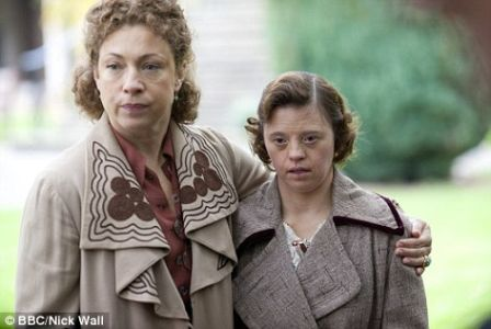 Sarah Gordy and Alex Kingston in Upstairs Downstairs