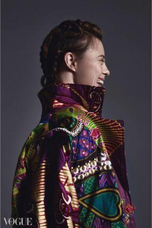 Sarah Gordy by Zuzia Zawada in Vogue Italia