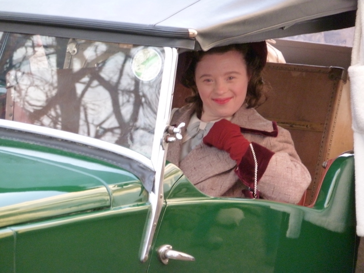 SarahGordy_UpstairsDownstairs_GreenCar